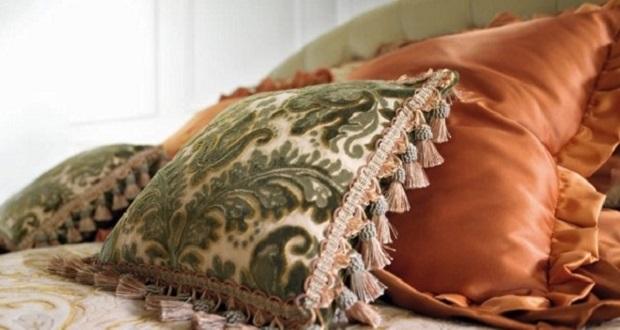 Как сшить подушку с бахромой 48