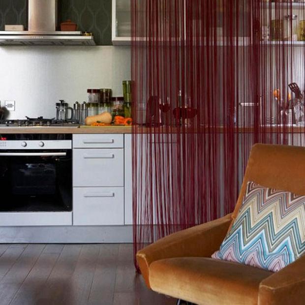 На фото – кухонные шторы из кисеи